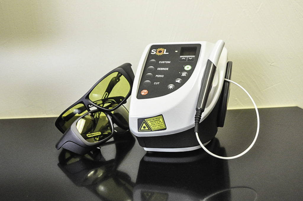 Sol technology device with two pairs of protective eyewear