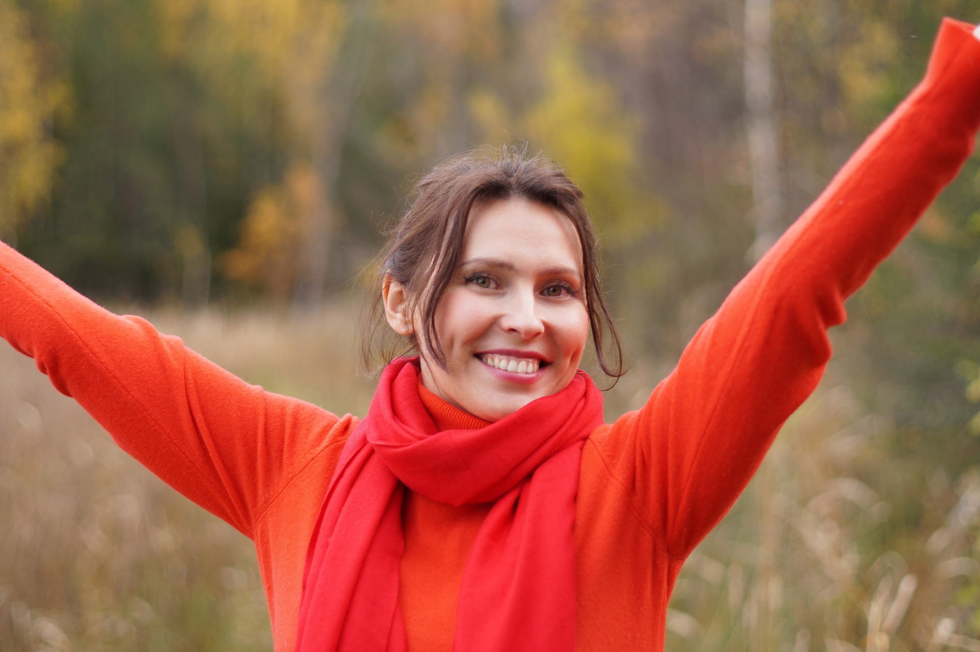 woman smiling how to prevent enamel loss